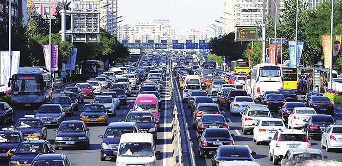 公安部发布清明交通安全预警 天气多变风险大