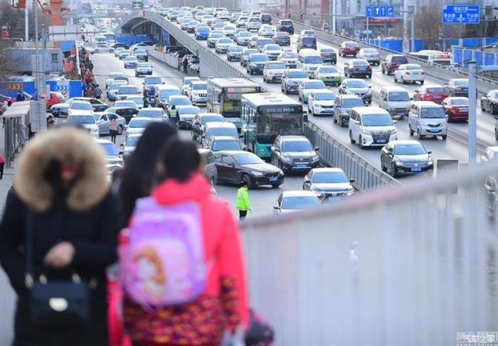政策仍在放宽 北京暂不启动尾号限行