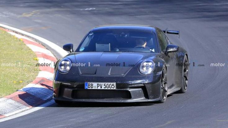卡罗纳-最大功率达到550马力 911 GT3低伪谍照曝光
