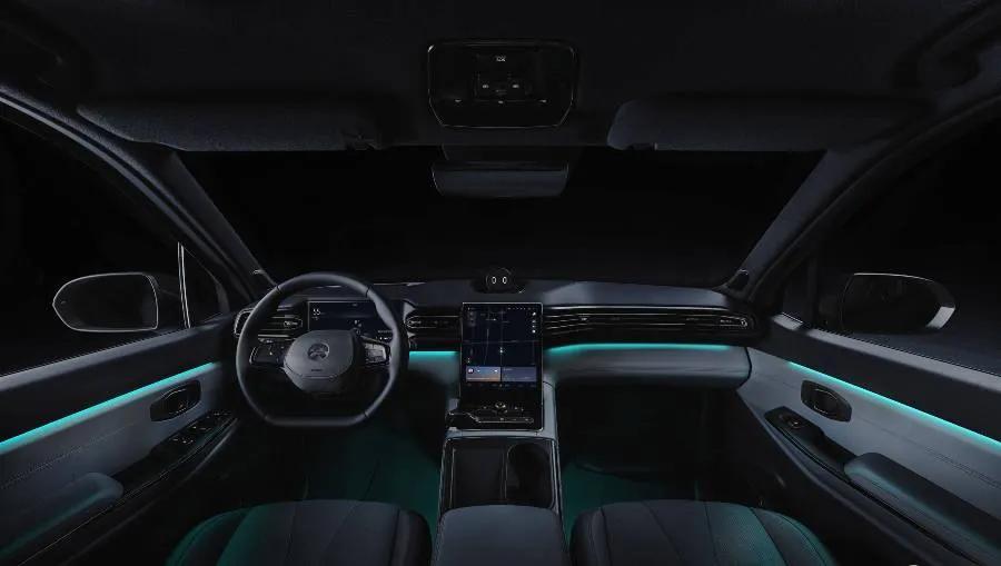 车价网:不提钱 选特斯拉Model X还是蔚来全新ES8?