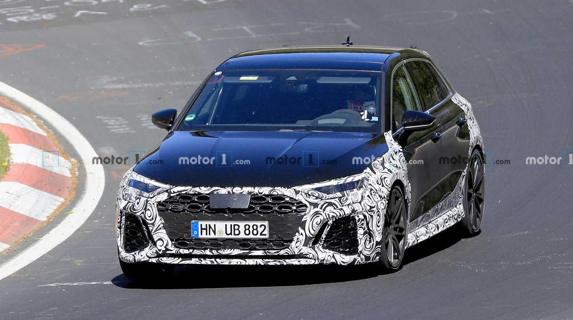 欧冠-搭载五缸发动机 2021款奥迪RS3测试照曝光