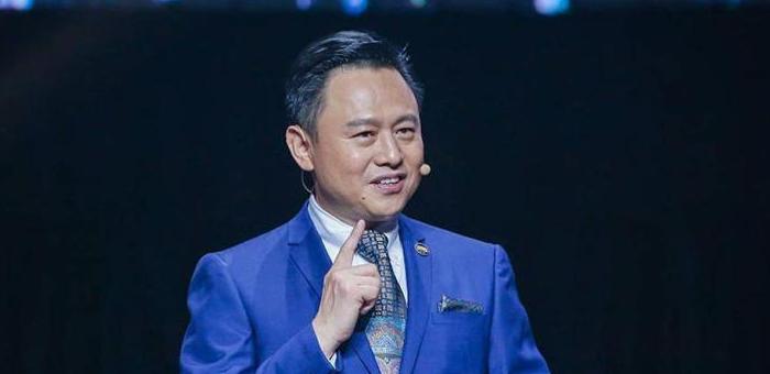 一汽董集团事长徐留平:建议放宽限购政策