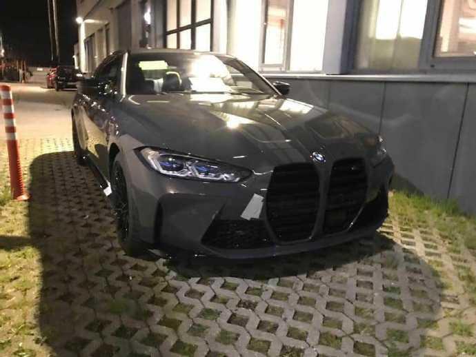匹配手动变速箱 全新一代宝马M4实车曝光-XI全网
