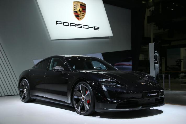 车价网:保时捷911 Targa全球首秀 售价149.9万起