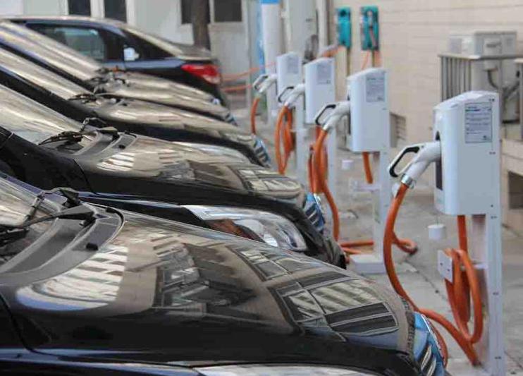新车报价:覆盖70%充电桩 特来电接入多家运营平台