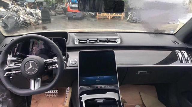 车价查询:轴距增加 全新奔驰S级最新渲染图曝光