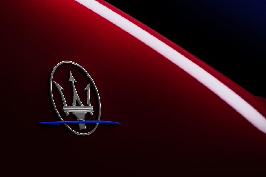 新车报价:玛莎拉蒂新Ghibli Fenice限量版售91.88万