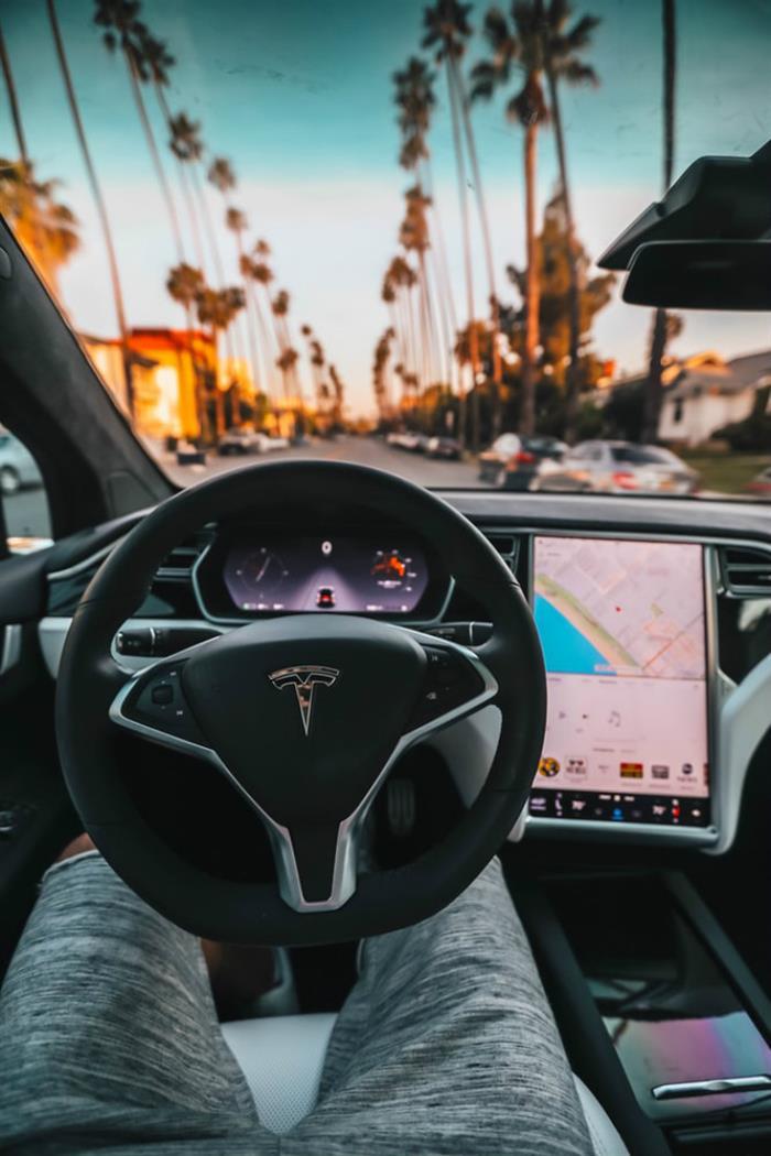 奔驰电动汽车,奔驰电气化,特斯拉汽车销量,