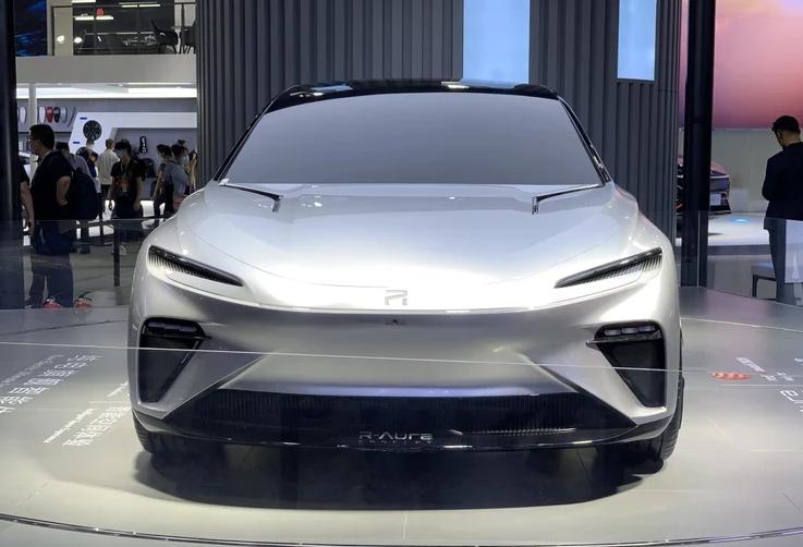 上汽首款旗舰概念车R-Aura Concept亮相车展-亚博集团|官网