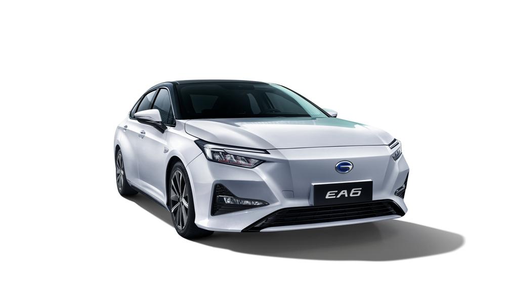 内饰首次揭秘 广本首款纯电轿车EA6亮相
