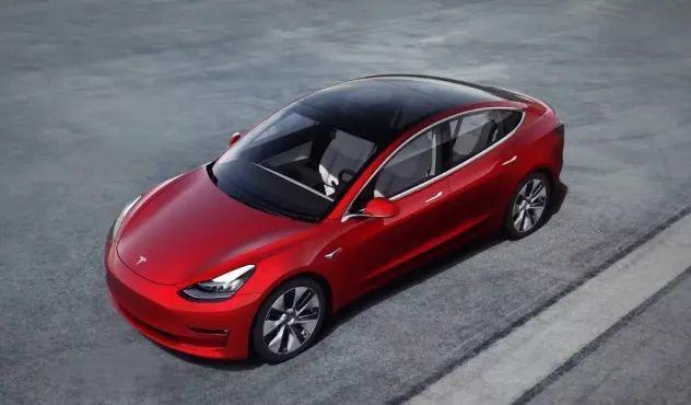 """从来没有天降馅饼,2021年新能源汽车市场变成""""突围赛"""""""