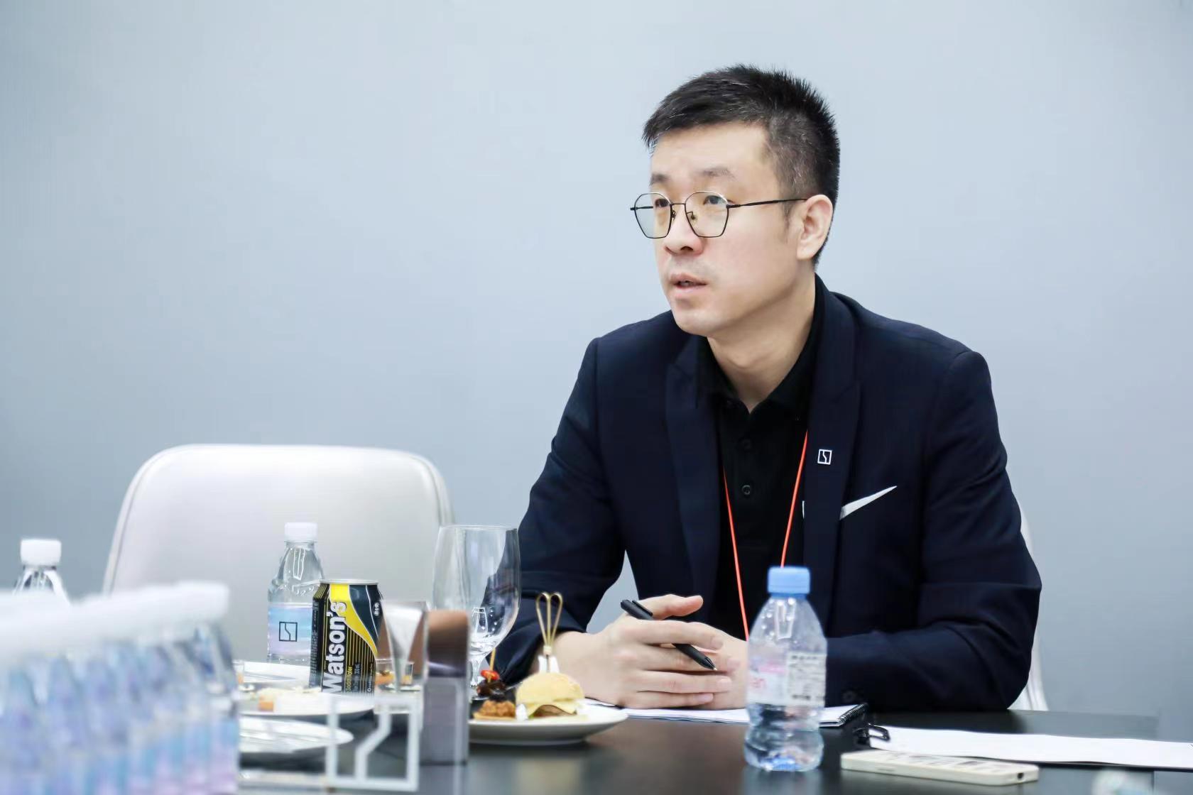 陈小飞:开辟第三赛道的极氪,产生新影响力